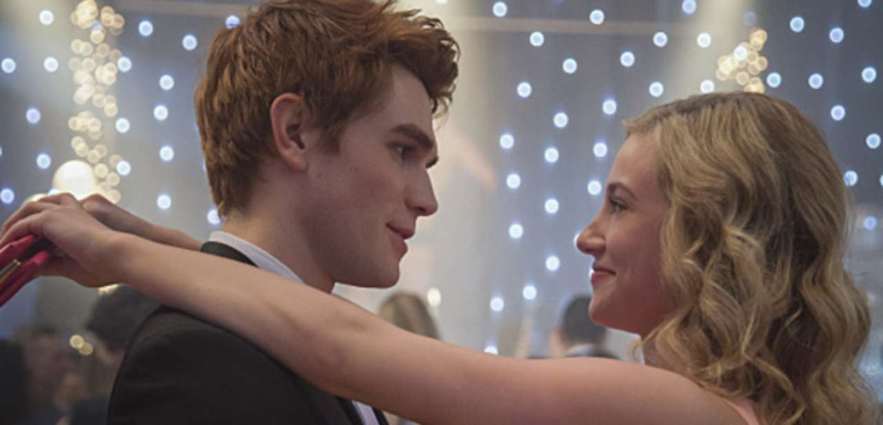 archie-betty-riverdale-214092-1280x0