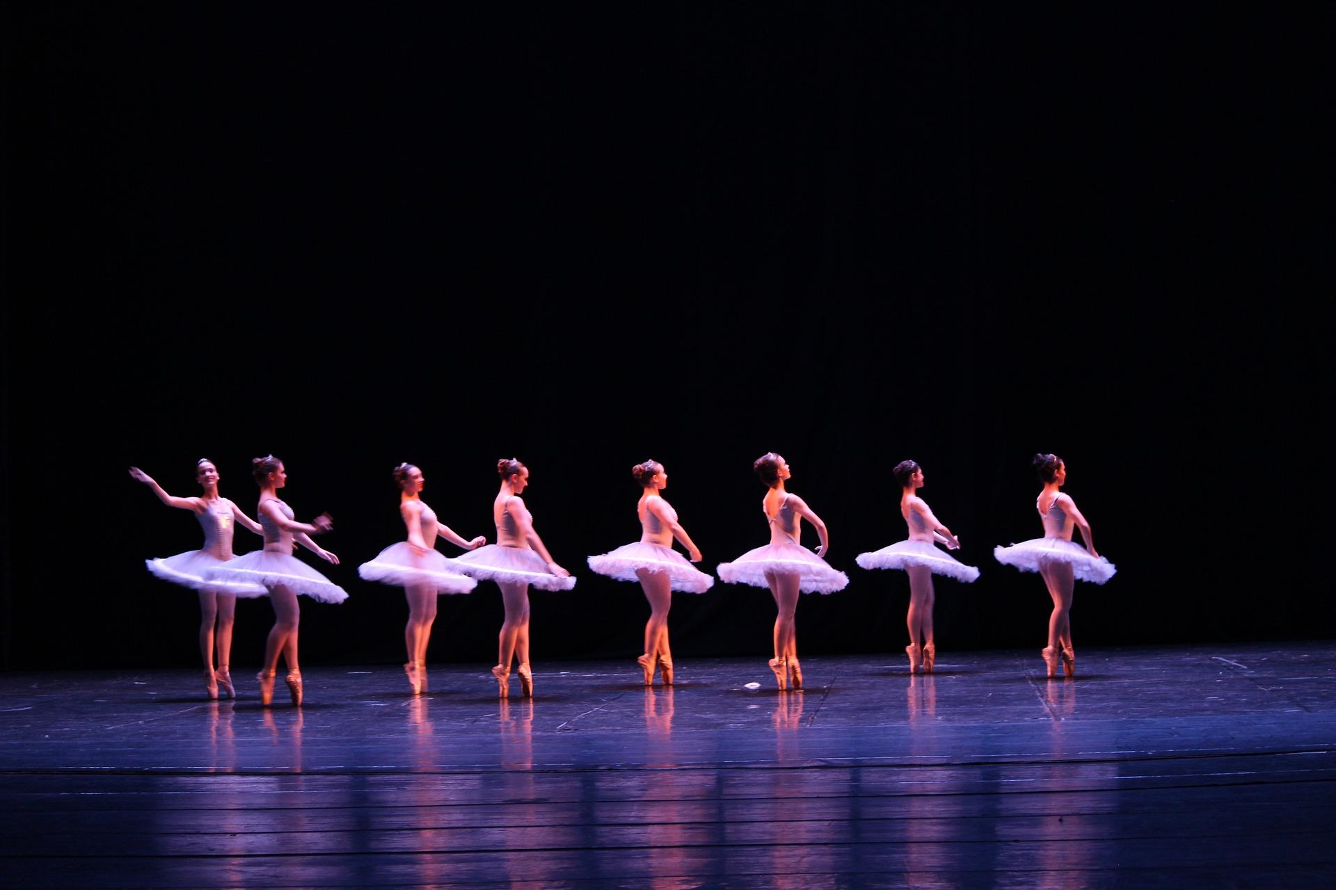 ballet-2682291_1920
